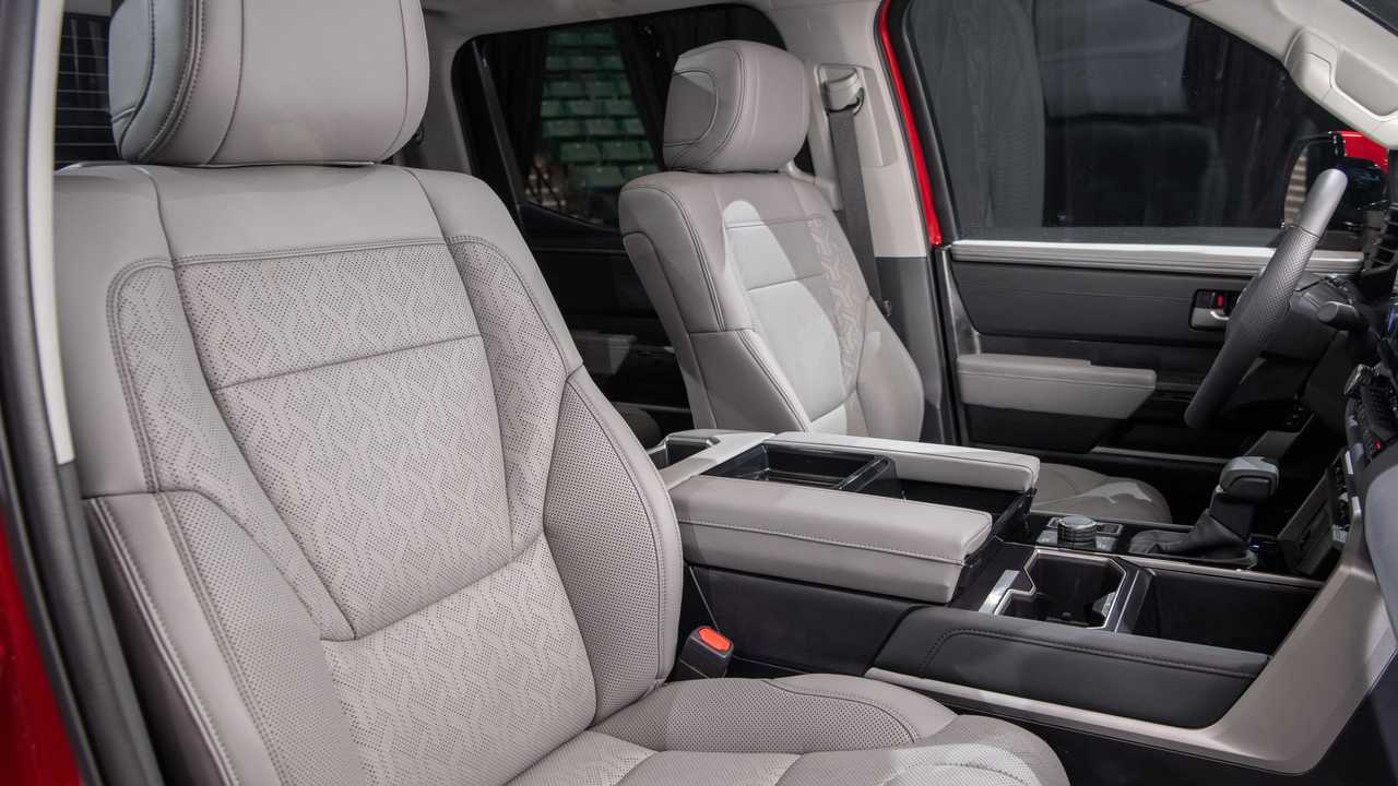 2022 Toyota Tundra Limited TRD Off-Road Interior Front Seat